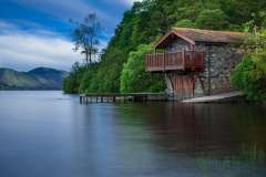 Jigsaw : Boat House on Lake